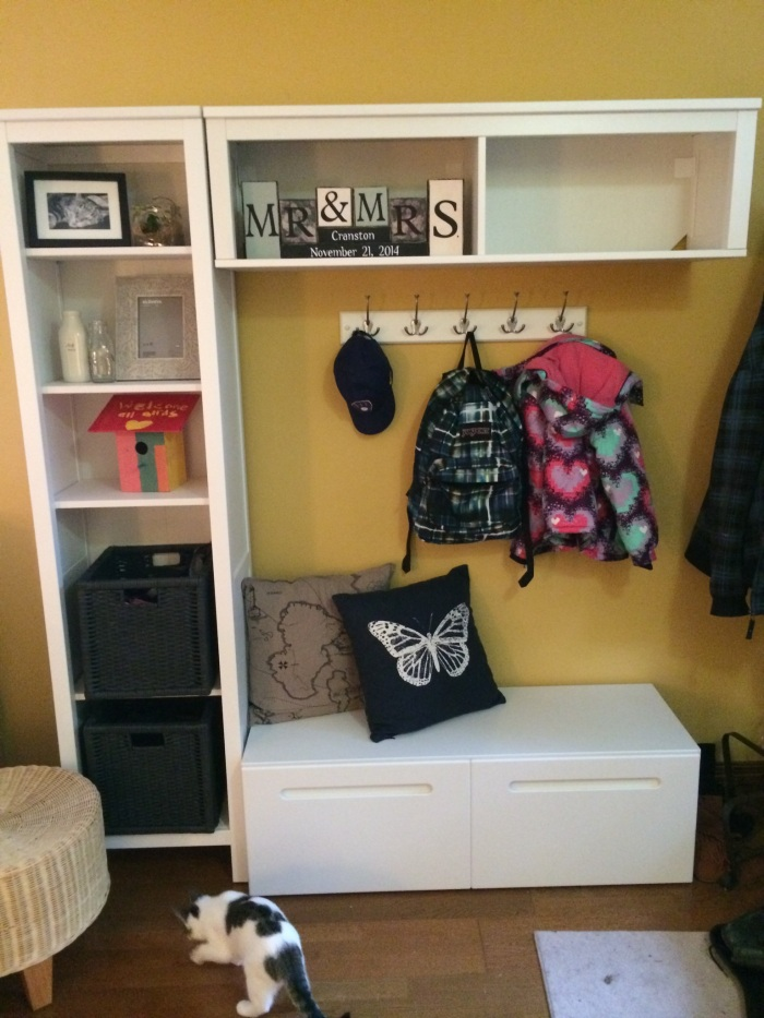 we made a mudroom!!!